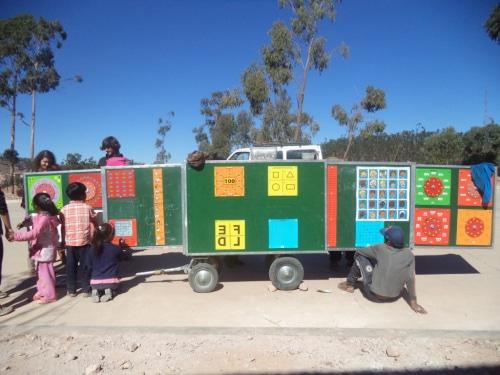 BOLIVIE et son école mobile