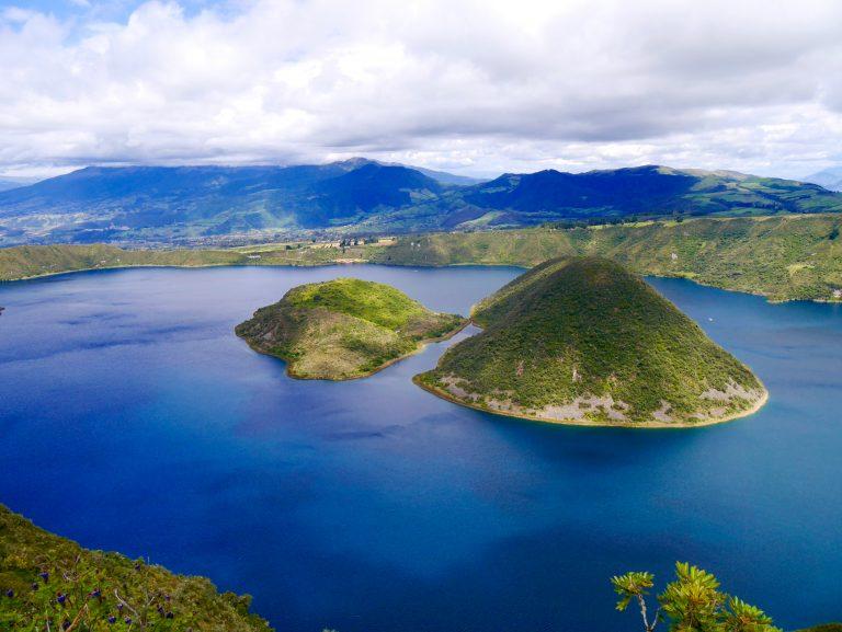 Otavalo, ses lagunes et le cimetière de Tulcan (14-17/06)